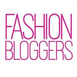 fashion_bloggers_title_card